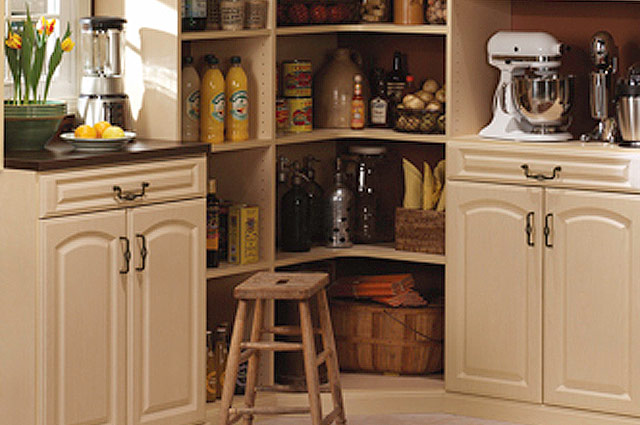 Custom Pantry Cabinet Finishes