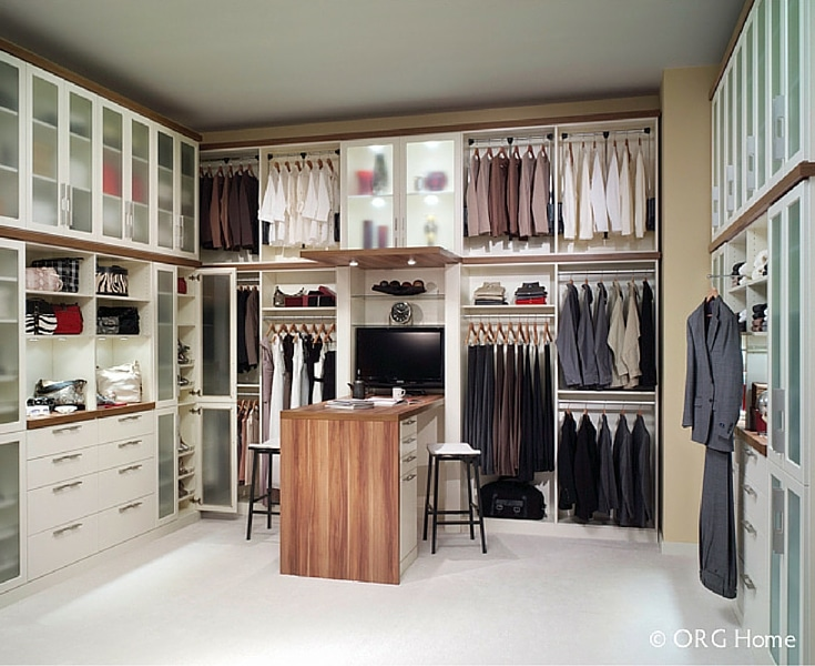 Taking inventory to get the right vertical distance between walk in closet sections helped this Dublin Ohio closet be more efficient - Innovate Home Org