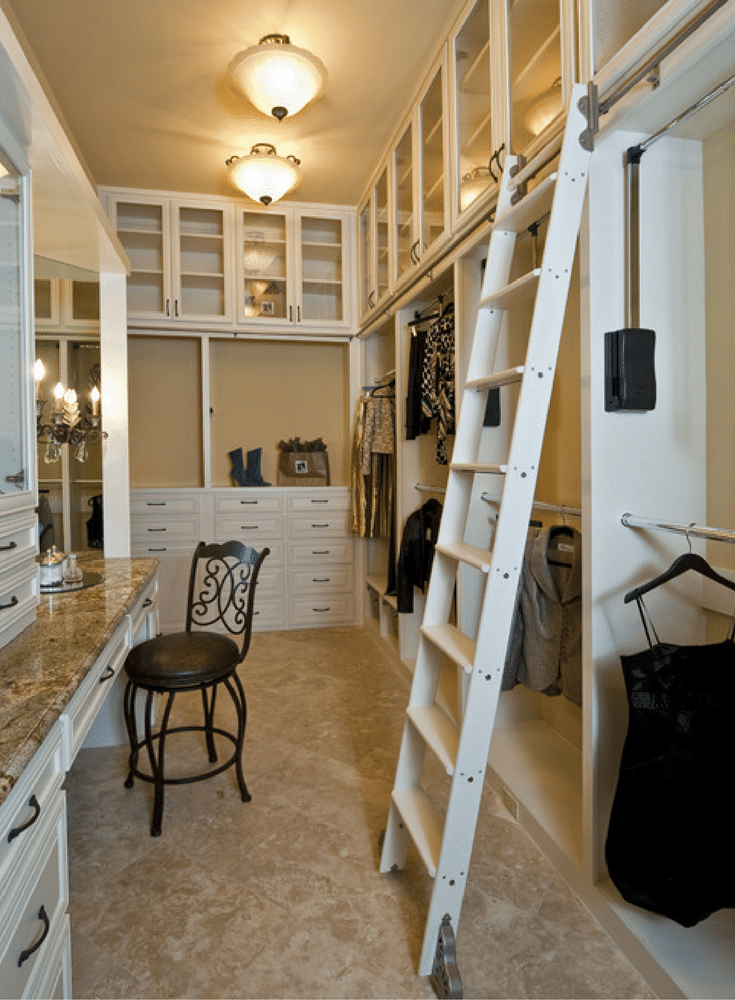 Hook style ladder in a premium closet in Columbus Ohio | Innovate Home Org