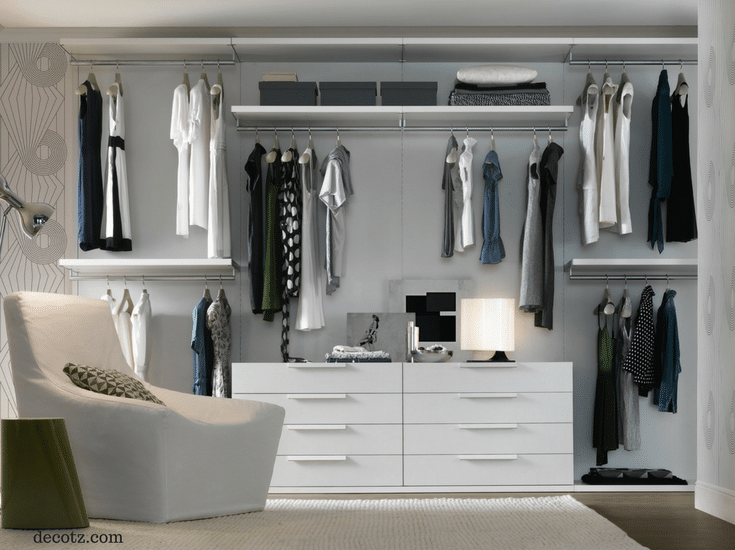 Light colored walls to brighten up a custom closet - Innovate Building Solutions