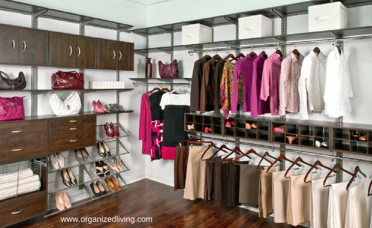 Keeping like items and colors makes a more organized closet. @InnovateBuild