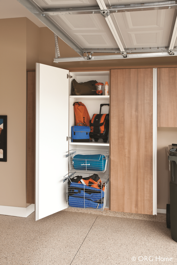 Sturdy garage cabinets in Columbus Ohio with slide out shelving | Innovate Home Org
