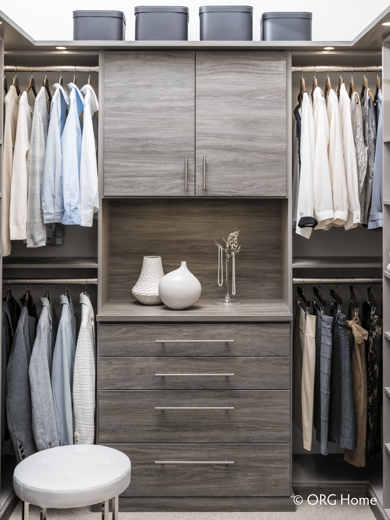 Closet drawers help to provide a complete custom closet - Innovate Home Org Columbus Ohio
