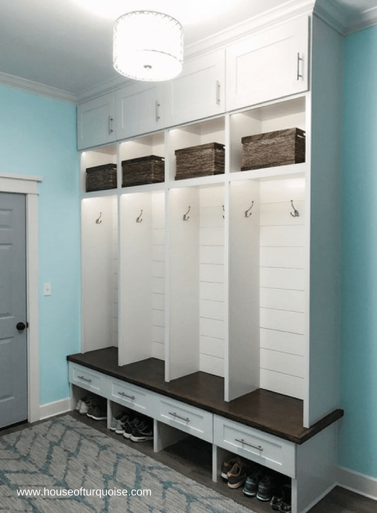 Open locker cubbie design in a mudroom | Innovate Home Org