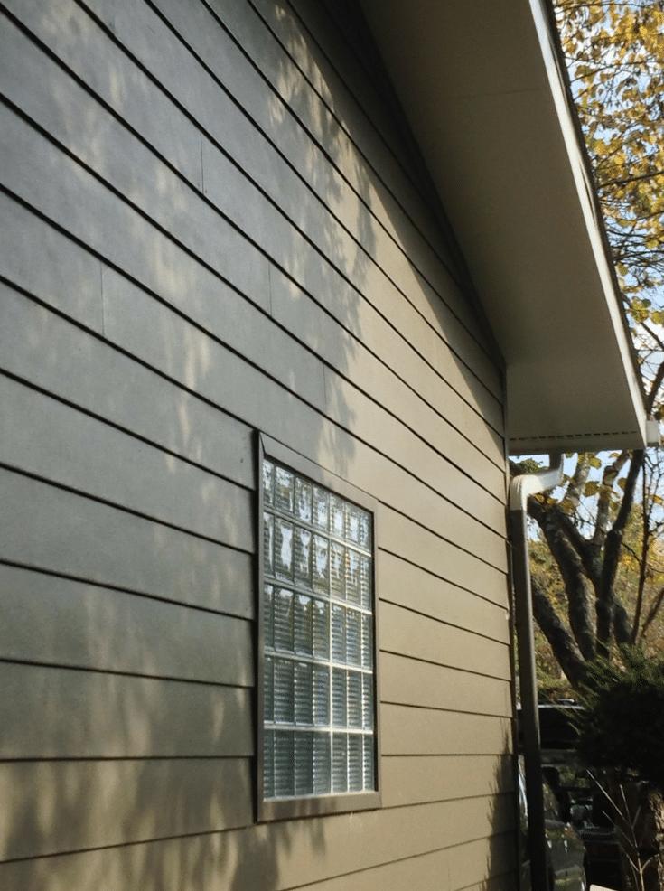 Glass Block Garage Window | Columbus Glass Block | Innovate Building Solutions | Columbus #NewAlbany #GarageWindow #GlassBlock