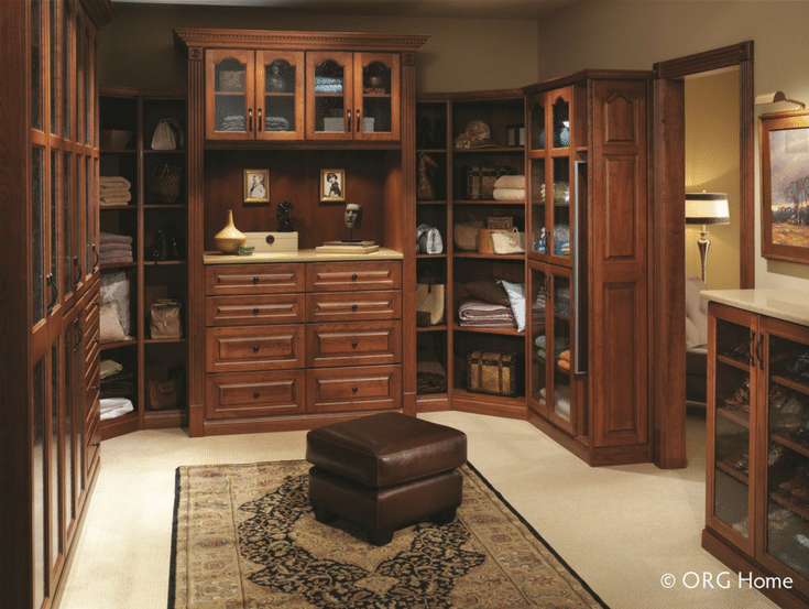 Closet with Depth and Height | Innovate Home Org | #Columbus #WalkInCloset #ElegantCloset