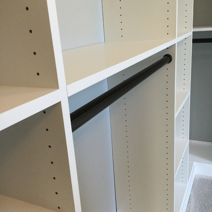 Adjustable closet system in Dublin ohio | Innovate Home Org | Dublin, Ohio | #AdjustableCloset #ClosetSystems #ClosetOrgnization #DublinCustomClosets