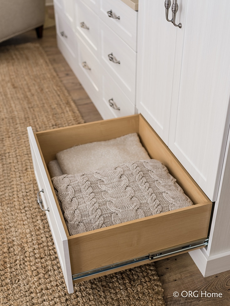 Full extension drawers for a cramped columbus closet | Innovate Building Solutions | Innovate Home Org | #CustomClosets #CrampedDrawers #ColumbusClosets #StorageDrawers