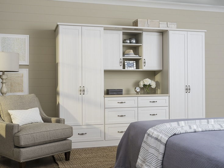Custom wardrobe closet Dublin Ohio | Innovate Home Org | #CustoemWardobe #DublnClosets #HomeOrganization #Wardobe