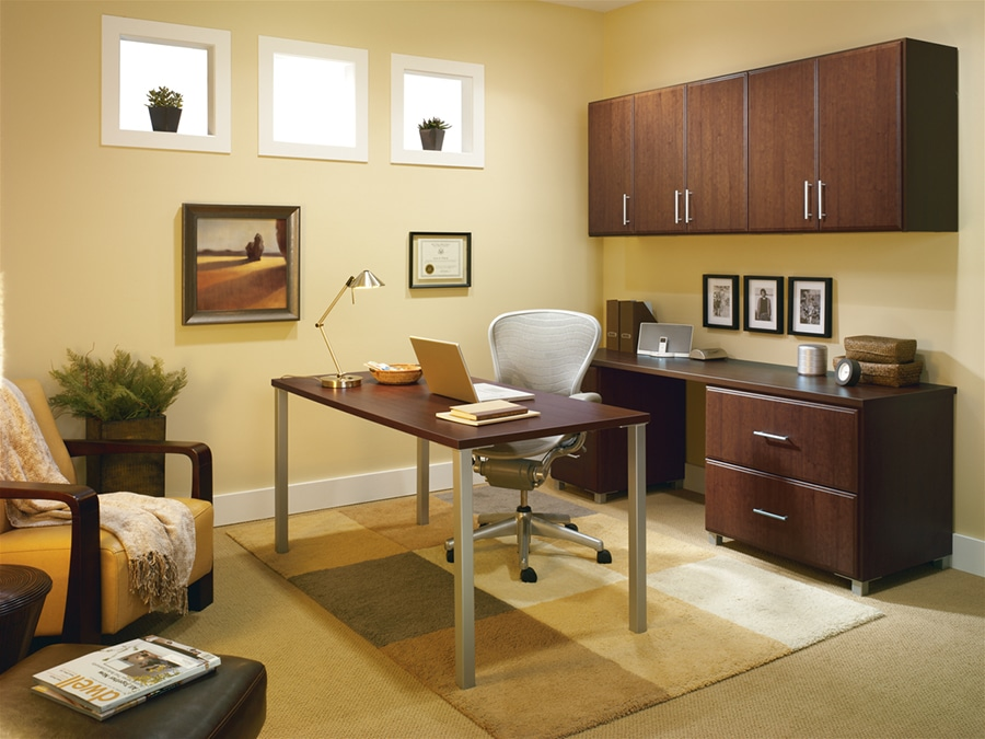 Custom office desk in Columbus Ohio | Innovate Home Org | #CustomDesk #ColumbusOffice #OfficeSpace