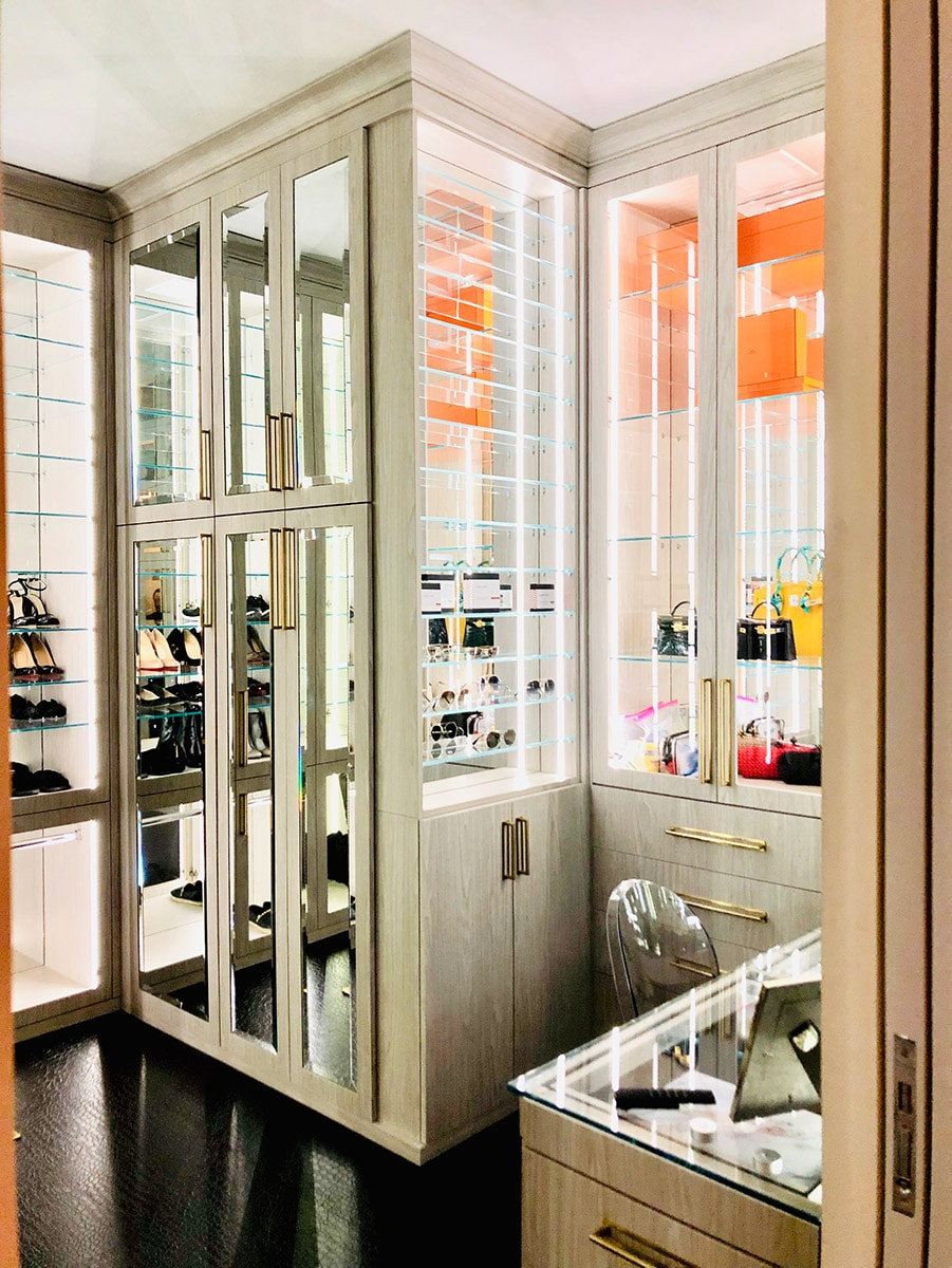 Factor 1 credit Wendy Scott Boutique Closets and Cabinetry | Innovate Home Org | #CustomStorage #GorgeousCloset #ClosetSystem