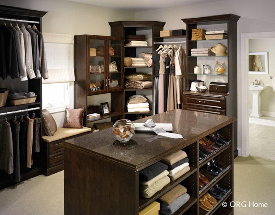 raised panel closet drawers and doors columbus ohio | Innovate Home org | #CustomStorage #ClosetDrawers #ColumbusClosets