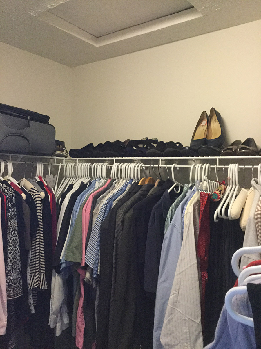 you shouldn't dead corners with hanging against hanging in a closet | Innovate Home Org | Columbus Closets | #CustomStorage #OrganizationSystems #ClosetStorage