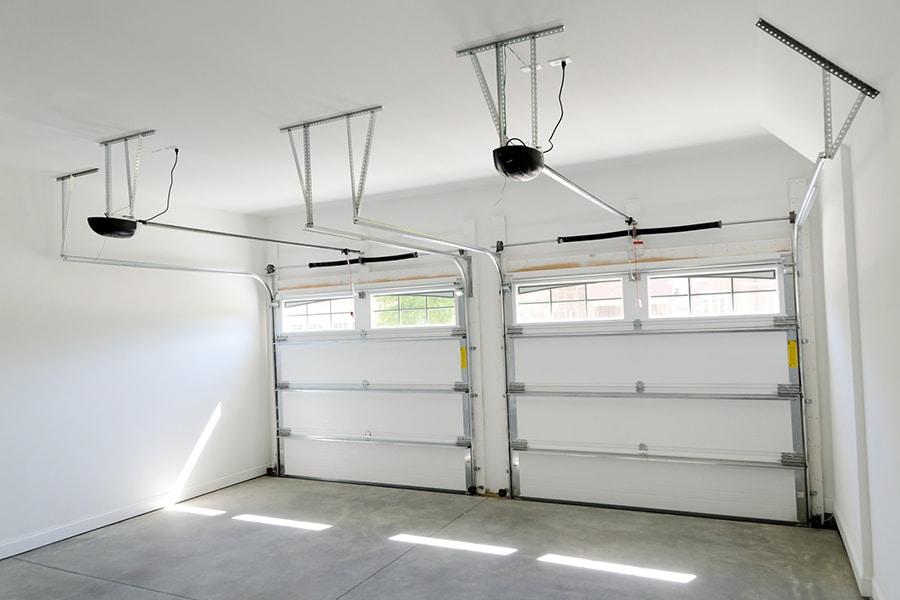 Design flaw 5 garage door with lights idea 1 | Innovate Home Org | #GarageDoor #GarageStorage #StorageSolutions