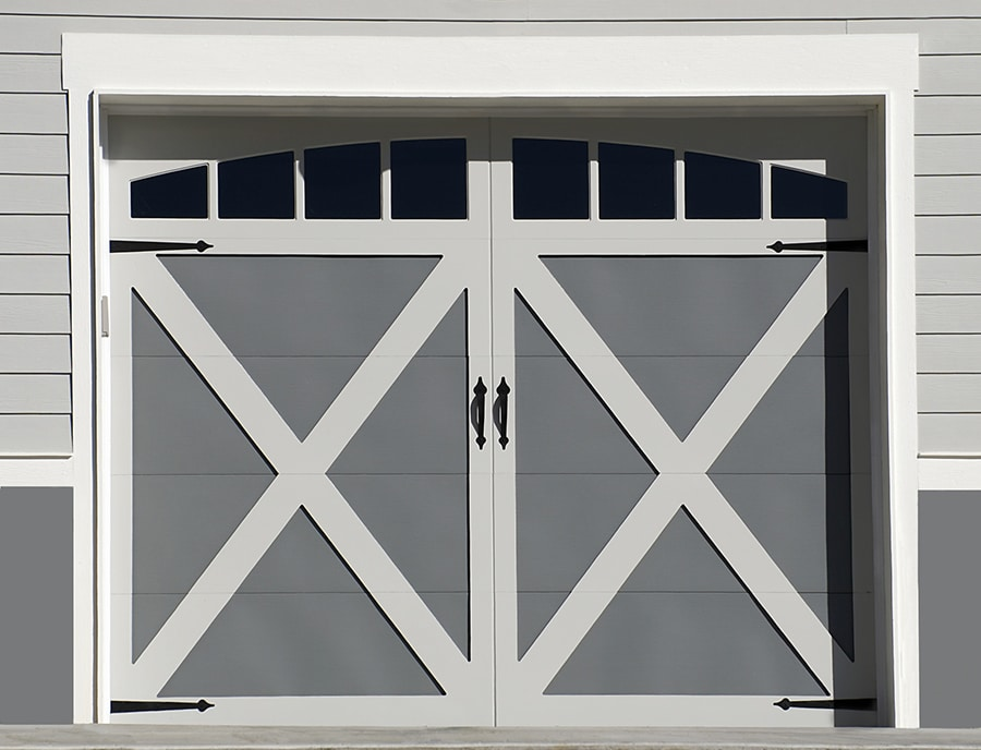 Design flaw 6 carriage style residential garage doors | Innovate Home Org | Innovate Building Solutions | #GarageDoor #CarriageStyleDoor #ColumbusGarages