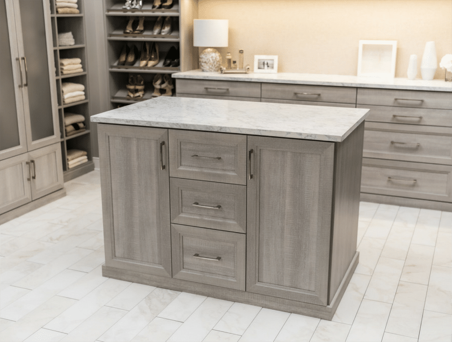 Closet island in a shaker style in Dublin Columbus Ohio | Innovate Home Org | #CustomOrganization #ShakerStyle #Drawers #ColumbusClosets
