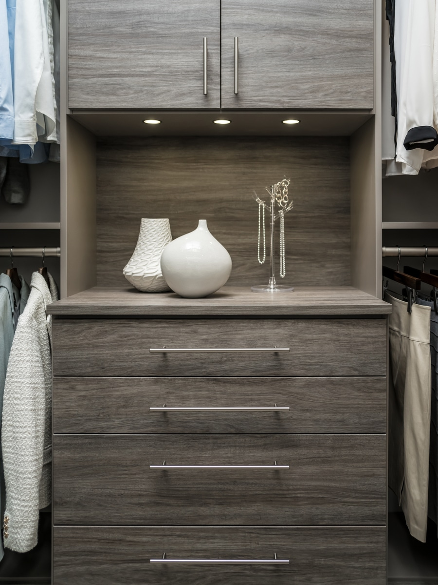 closet doors to hide mess Dublin ohio | Innovate Home Org | #CustomStorage #ClosetDoors #DublinOhio #ColumbusClosets