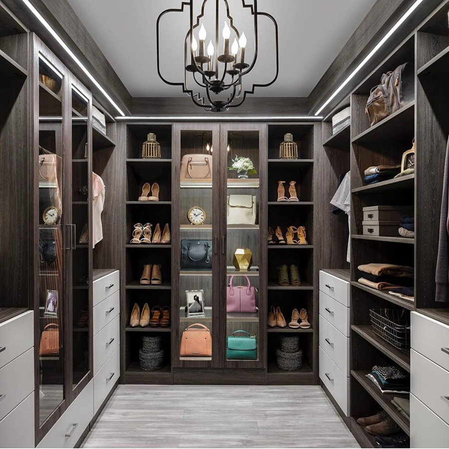 Closet Envy credit Organizers Direct Custom Closet | Innovate Home Org | #CustomCloset #OrganizationSystems #WalkInCloset