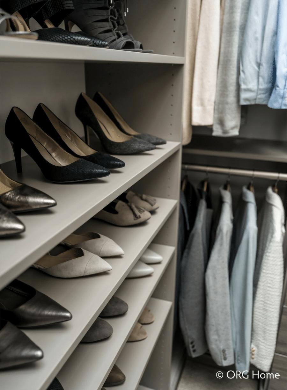 Step 5 hanging on one corner and shoe shelves on the other blacklick ohio | Innovate Home Org | #CustomStorage #Organization #Shelves #ShoeShelves