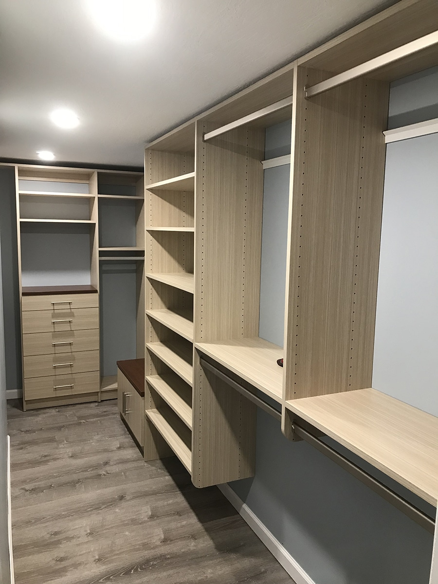 12 inch vs. 14 inc deep closet shelving in a hilliard ohio closet | Innovate Home Org | #CustomCloset #storage #closetorganization #14inchclosets