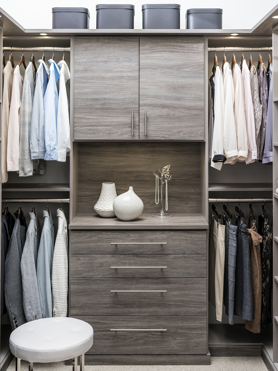 Factor 3 drawers in a floor based laminate closet system New Albany Ohio | Innovate Home Org | Dublin, OH | #CustomCloset #LaminateShelving #StorageSolutions