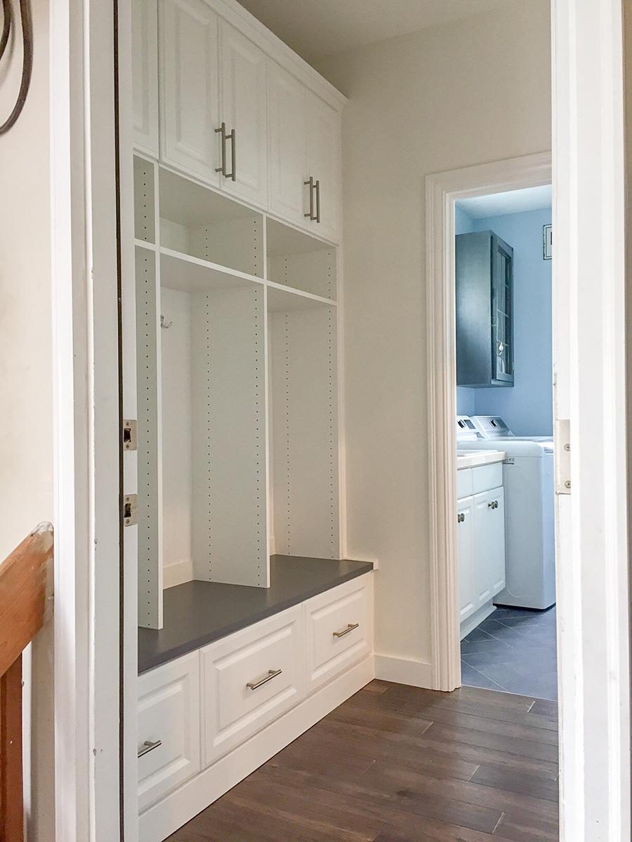 factor 3 increment holes for adjustable shelves laminate custom mudroom columbus ohio | Innovate Home Org | #CustomOrganization #Mudroom #Entryway #StorageSolutions #homeorganization #customstorage