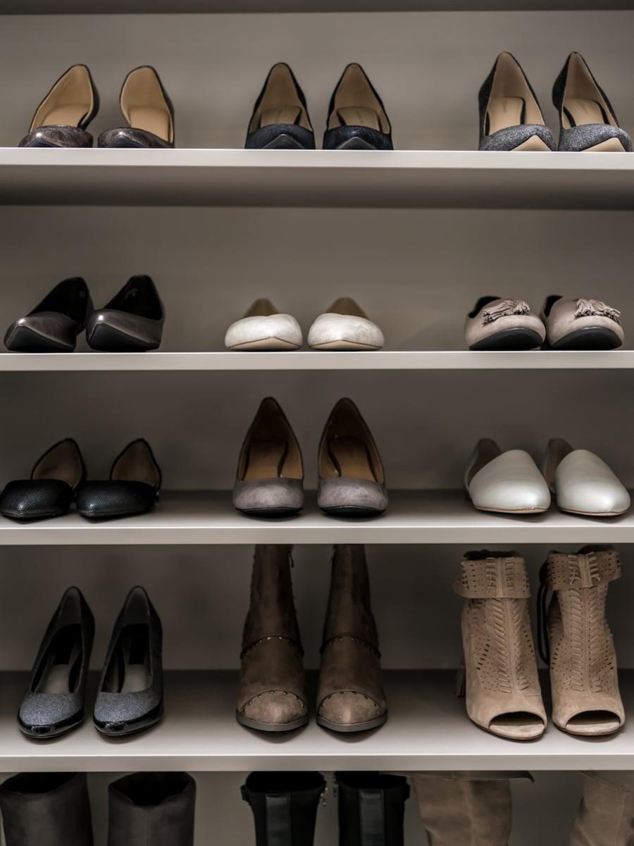 Don't #2 adjustable shoe shelves small closet Worthington Columbus Ohio | Innovate Home Org | #CustomStorage #ShoeShelving #AdjustableShoes