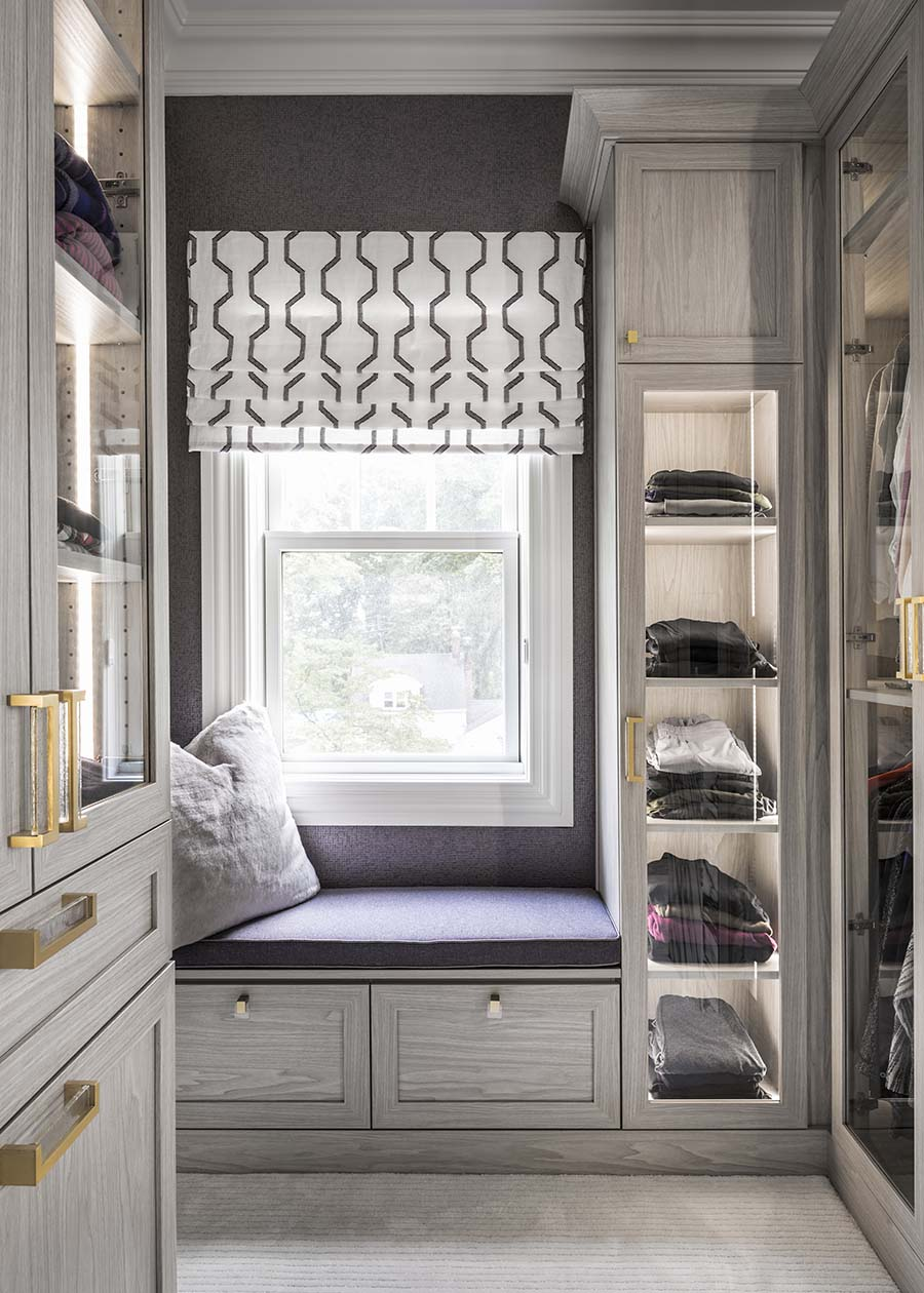 Trick 4 fancy closet hardware in a custom closet credit Patty Miller Boutique Cabinetry and Closets | Innovate Home Org  | #FancyCloset #Organization #StorageSystem