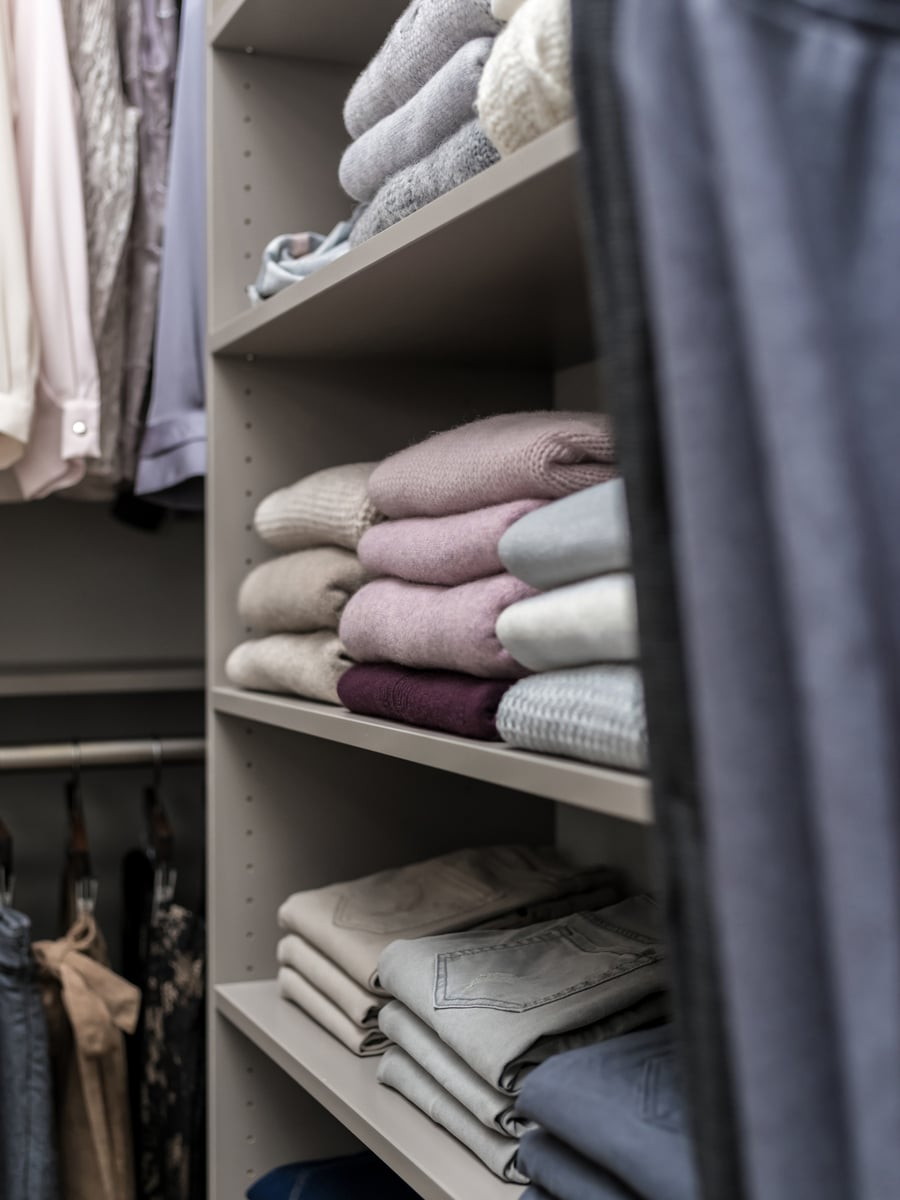 Strategy 2a folded clothes in a custom closet columbus | Innovate Home Org #StorageSolutions #FoldedClothes #StorageSolutions