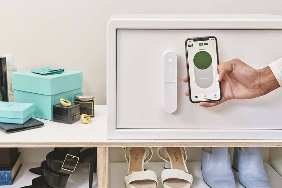 Idea 5 my cube safe for a closet without a combination credit www.mycubesafe.com 2 | Innovate Home Org  #CustomStorage #Combination #CubeSafe