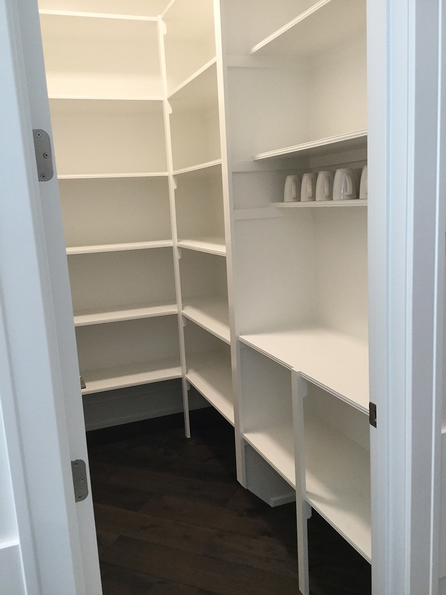 Tip 1 unadjustable pantry shelves Columbus Parade of Homes  | Innovate Home Org | #CustomStorage #ClosetOrganization #AdjustableShelves  #PantryStorage