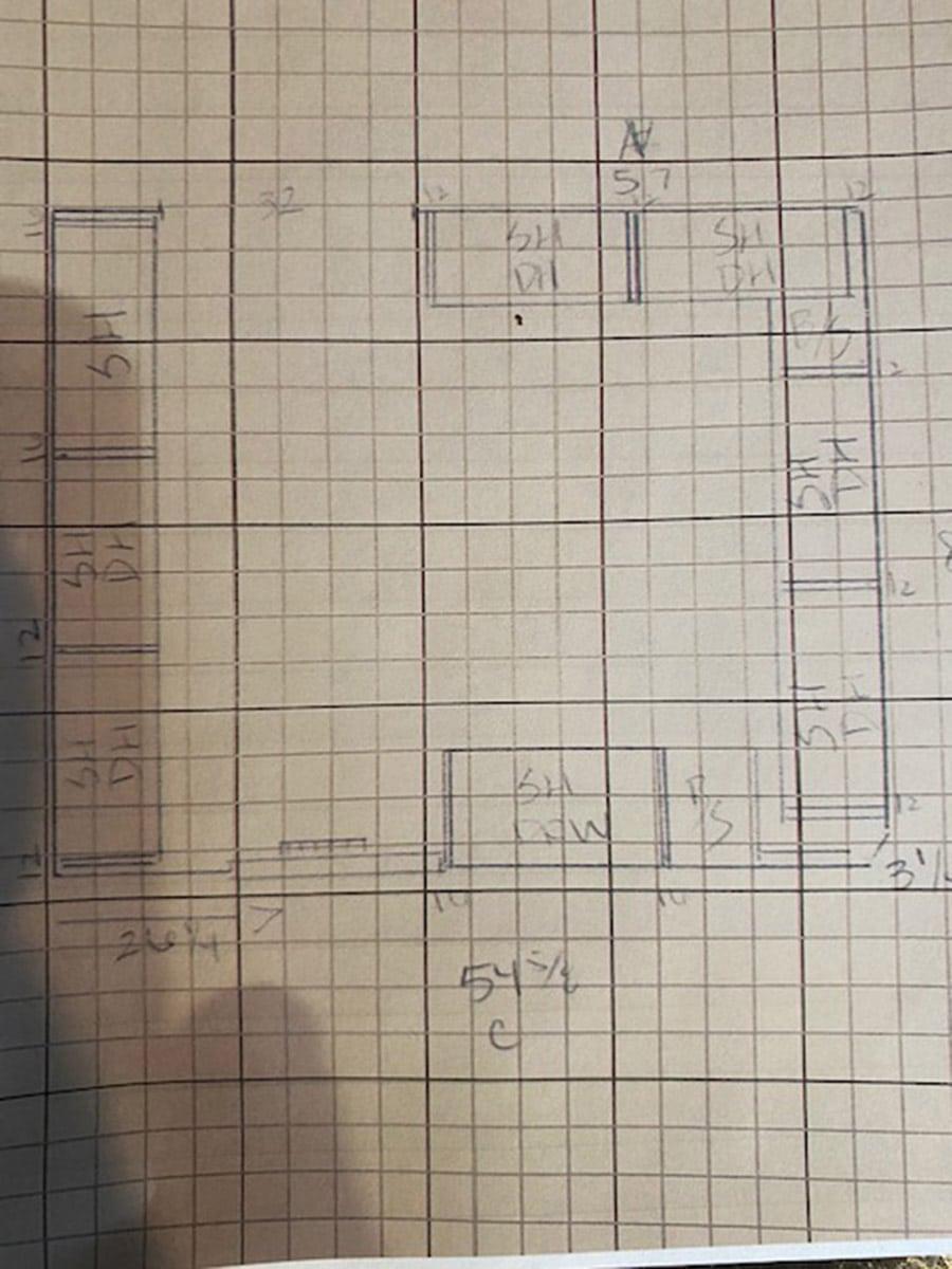 Question 5 2d plan view drawing of a custom closet design | Innovate Home Org #StorageOrganization #Customstorage #CustomCloset